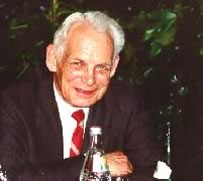Prof. Dr. Dr. h.c. em. Gerhardt Alleweldt